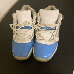 Jordan 11 low Size 7. for the low
